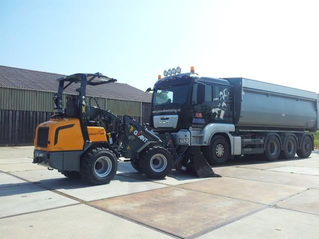De nieuwe Giant V452T Xtra HD voor Poland bestratingen uit Nieuwe Niedorp