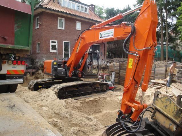 Hitachi ZX250LC-3 rupskraan voor T. van den Burg uit Nijkerkerveen