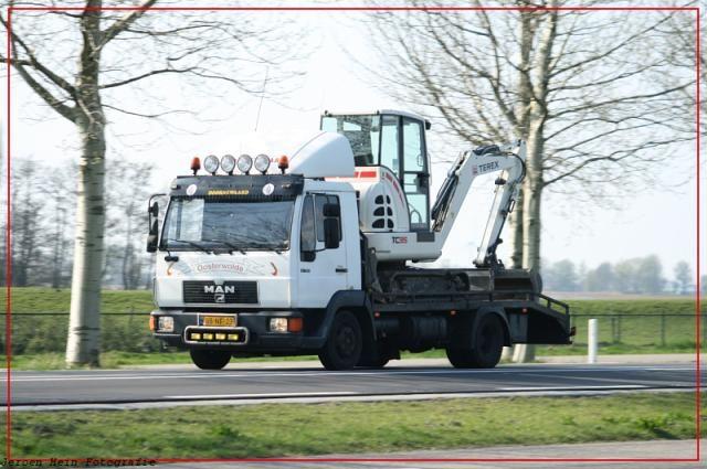 Vermist: De Terex TC35 Minikraan op de MAN 8F oprijwagen