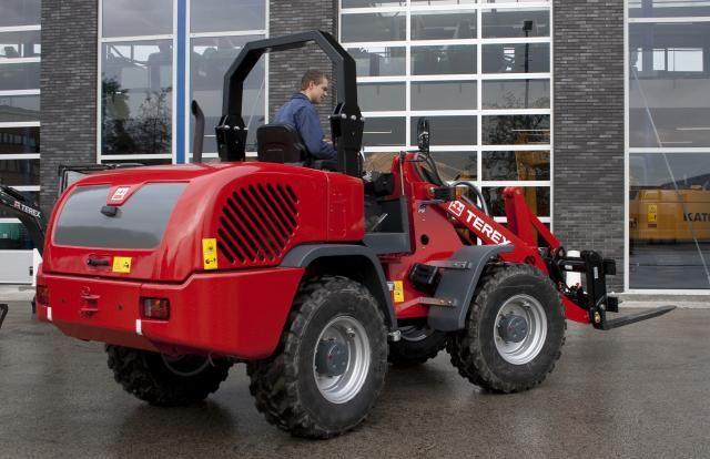 TEREX TL100 compacte wiellader voor Loonbedrijf J. van Etten B.V. uit Berkel en Rodenrijs