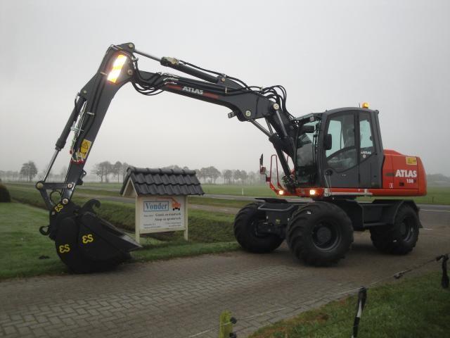 Atlas 150W mobiele graafmachine voor Loonbedrijf Vonder uit Nieuwleusden