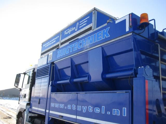Freshfilter filtersysteem op zuigauto Tuytel Oud-Alblas