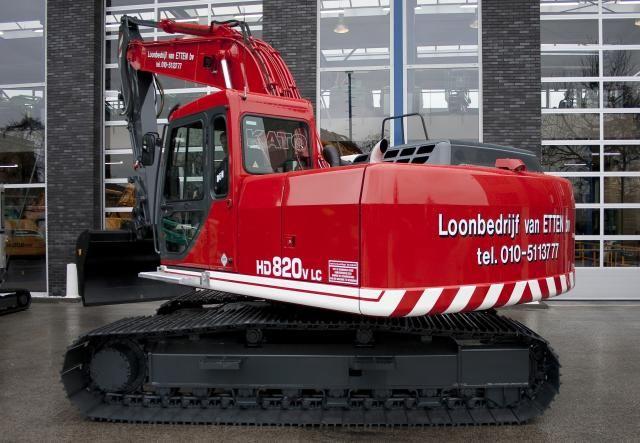 KATO HD820-V LC rupsgraafmachine voor Loonbedrijf Van Etten B.V. uit Bergschenhoek