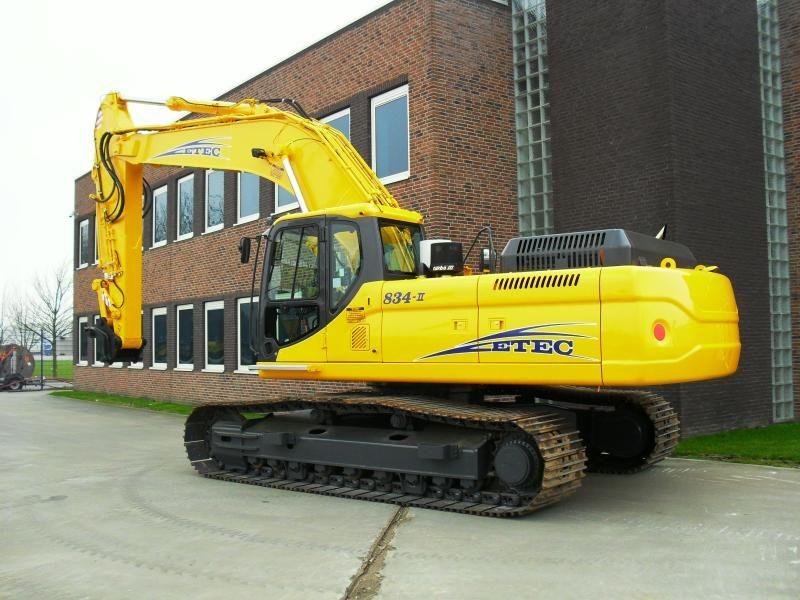 ETEC 834-II RLC rupsgraafmachine voor Fa. Dijkshoorn uit Bleiswijk