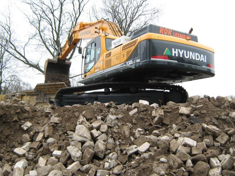 Hyundai R330LC-9A voor Kok Lexmond B.V. uit Lexmond