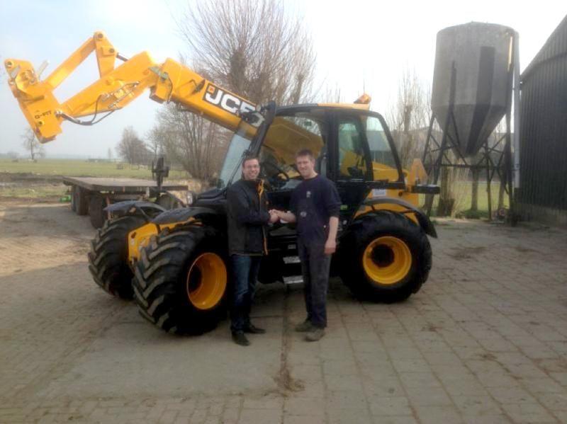 JCB 531-70 Agri Super verrijker voor Loonbedrijf A.D. Mourik te Brandwijk