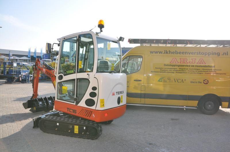 TEREX TC16 minigraver voor ARJA Ontstoppingsservice en Rioolonderhoud B.V uit Wijk bij Duurstede