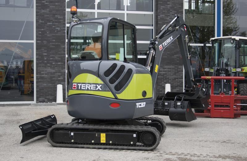 Terex TC37 Greenline minigraver voor De Vries Mechanisatie uit Beilen