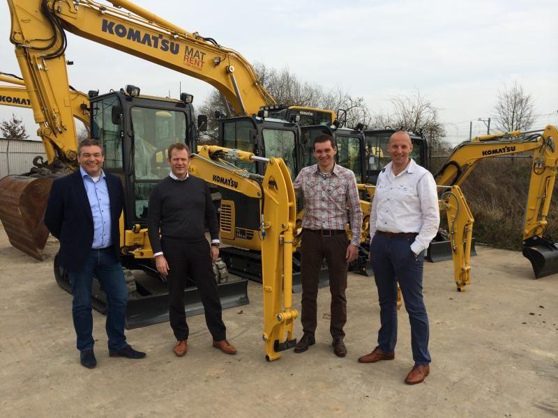 v.l.n.r. Marcel de Vries (Account Manager BIA), Ben Möhlmann (Sales Manager BIA), Edwin den Breejen (Directeur 4ME Machines B.V.), Martin van Ginkel (Directeur 4ME Machines B.V.)