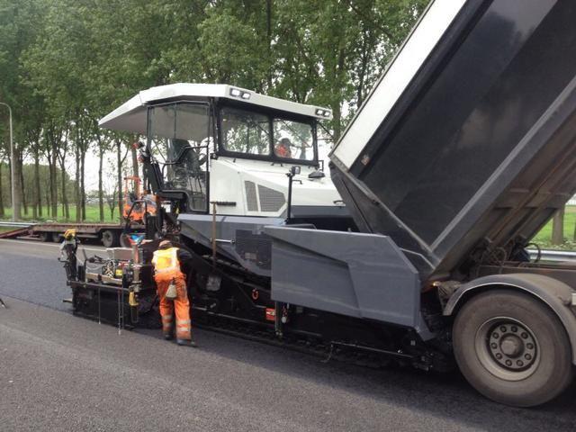 Atlas Copco asfaltafwerkmachine Dynapac DF145CS COPA voor Jansen Infra Verhuur BV Dongen