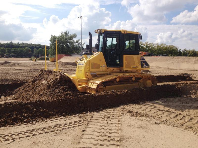 D51PX-22 bulldozer voor Soma  Bedrijfsopleidingen in Harderwijk