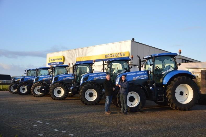 6 New Holland tractoren voor Brouwer en Brouwer uit Oostermeer