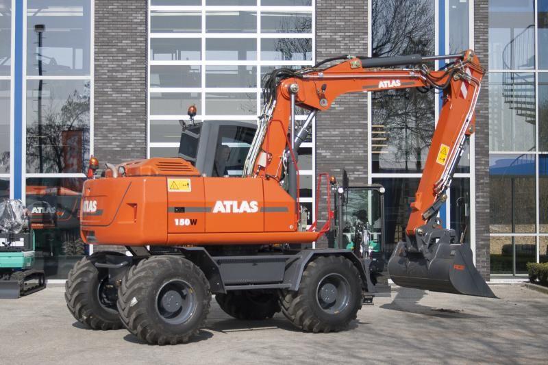 Atlas 150 W mobiele graafmachine Loonbedrijf en Dienstverlening A.J. Boer Streefkerk