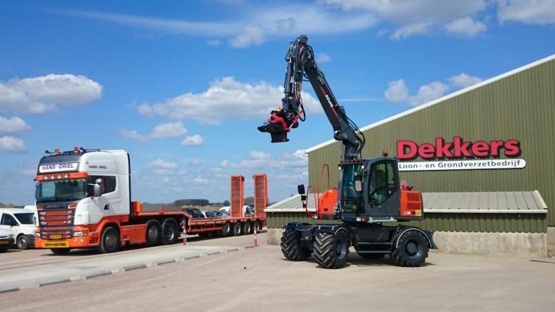 Atlas 140 W wielkraan voor Loonbedrijf Jan Dekkers uit Maasbommel