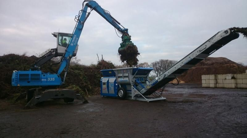 Lindner Urraco 75 shredder voor Groen Recycling Rouveen B.V uit Rouveen