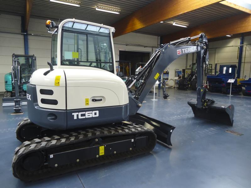 Terex TC 60 midigraver voor Reka uit Hamme
