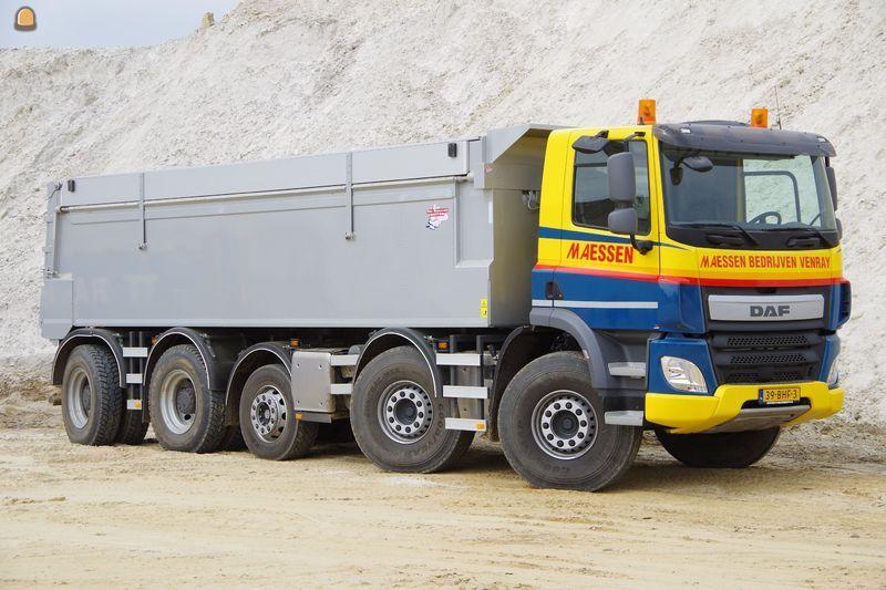 DAF 10X4 kippervrachtauto voor Maessen Recycling BV uit Venray