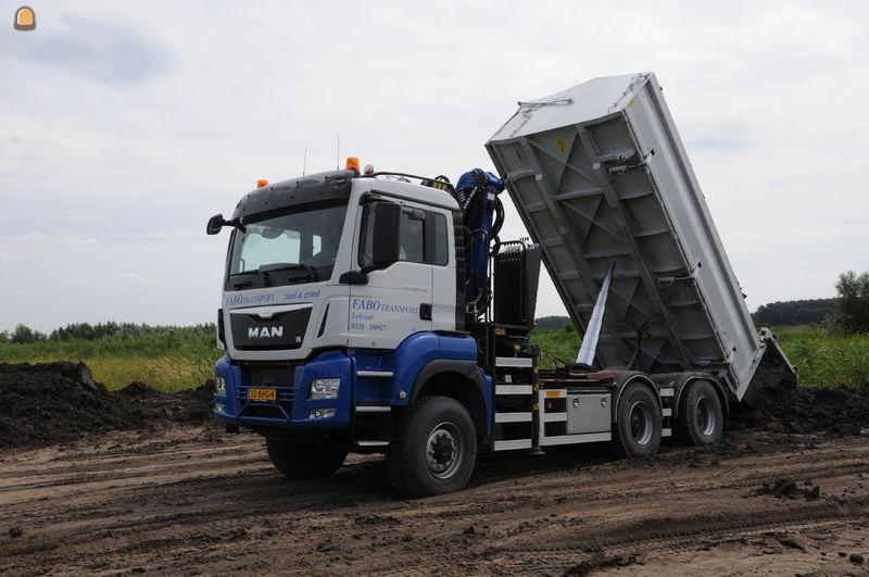 MAN TGS 33.440 6x6 WS kippervrachtauto voor Fabo Transport Lelystad