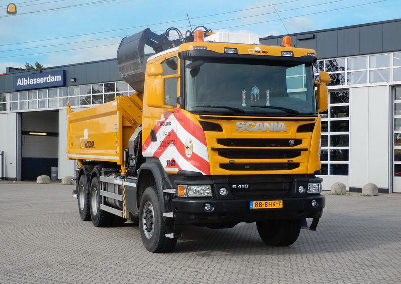 Scania G410 6x6 kiepervrachtauto voor Mourik Groot-Ammers B.V.