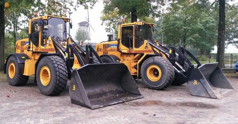 2 Ljungby L15 wielladers voor Van Oostrum Westbroek