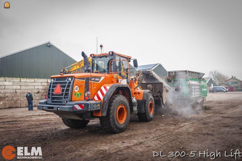 Doosan DL 300-5 wiellader voor Dijkshoorn uit Bleiswijk