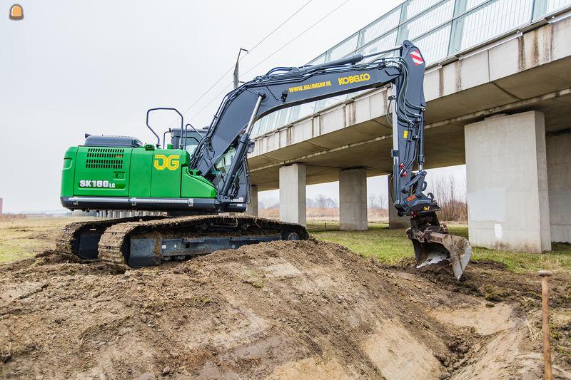 Kobelco SK 180 LC-10 voor J. Glijnis BV Zoetermeer