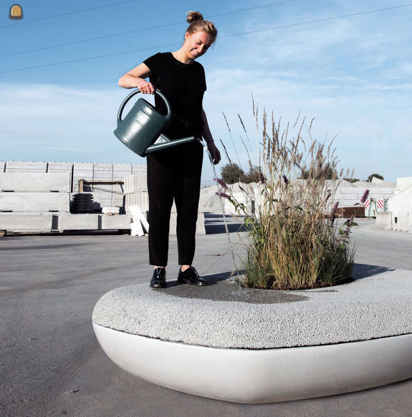 watercapterend zitelement : The Waterbench - Barbara Standaert doet de test