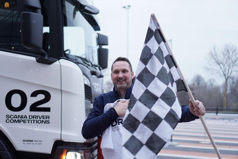 Willem van Mourik is winnaar van de Nederlandse finale van de Scania Driver Competitions 2018-2019.