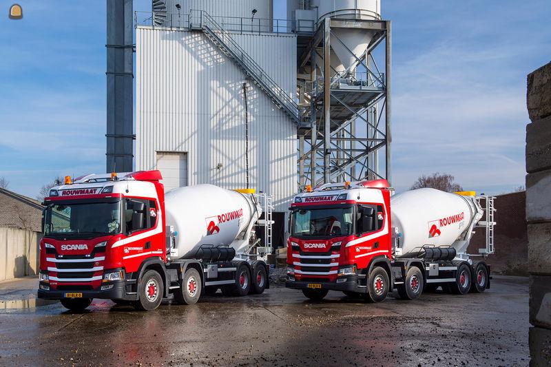 Twee nieuwe doordachte betonmixers op Scania 8x2 chassis voor Rouwmaat.