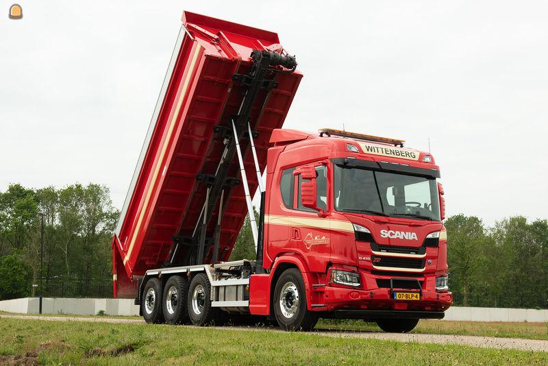 Nieuwe Scania G410 8x4*4 multi-inzetbaar bij specialist Aannemingsbedrijf Marcel Wittenberg Oss B.V.