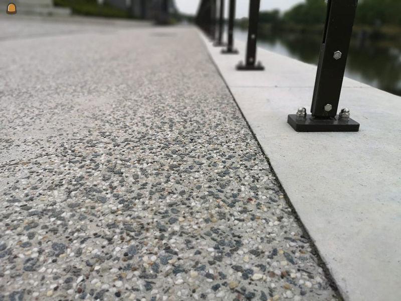 betonverhading met porfier en kwarts - bron foto Ghent Aggregates