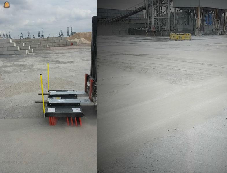 Opkuis met SNaf SNaf veegborstel, voor en na de veegwerken bij De Rijcke Beton