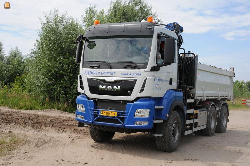 MAN 6x6 knijperauto TGS 33.440WS voor Fabo Lelystad