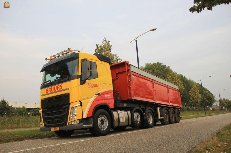 Bruurs Loon- en Transportbedrijf V.O.F.
